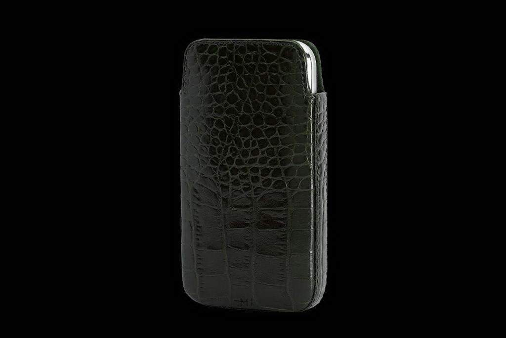 Apple iPhone Luxury Case from Natural Crocodile Leather (Cayman Skin)