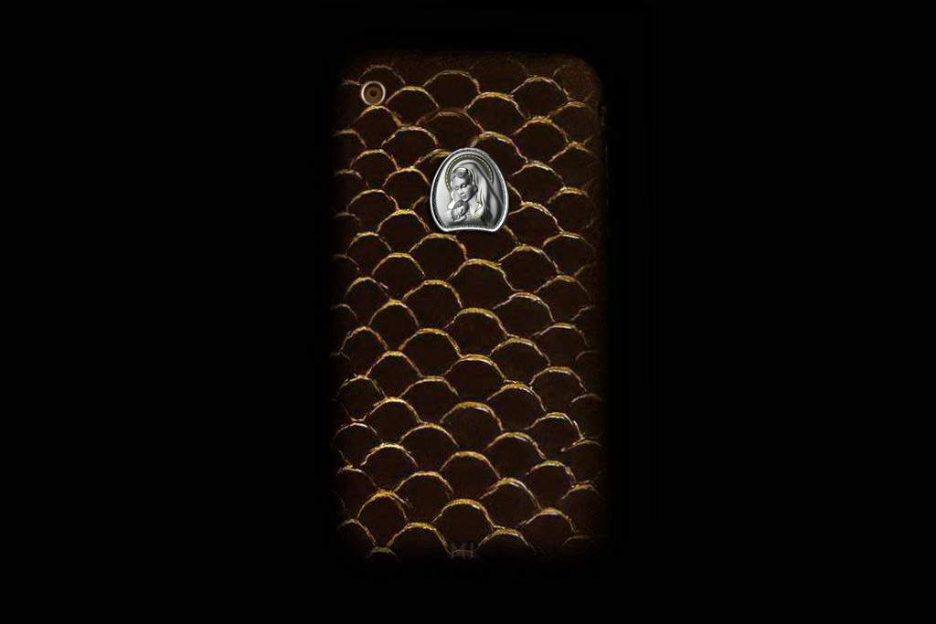 Apple iPhone 3GS Fish Leather MJ Limited Edition - Brown Golden Fish with Gold Apple 64gb Modding